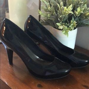 """Me Too 4"""" Patent Leather Heels"""